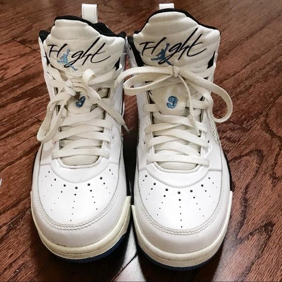 best authentic eefa7 4d297 Jordan Other - Men s Nike Air Jordan s Flight White Legend 9.5